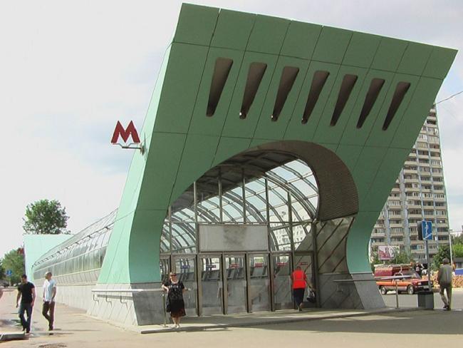 Сдается 1 комнатная квартира у метро